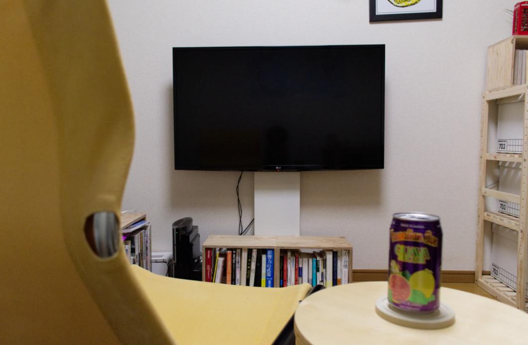 壁寄せテレビスタンド